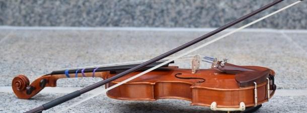 A violinista que voltou a fazer a música (graças a um EEG)