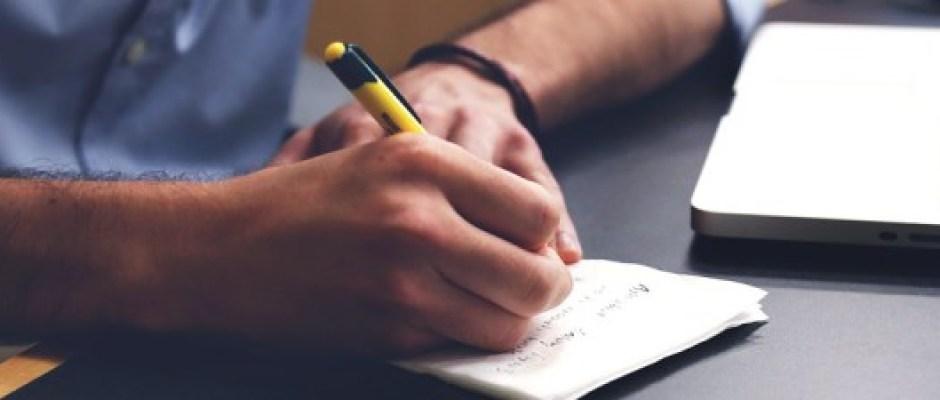 A eterna pergunta: Esqueceremos como escrever com caneta e papel?