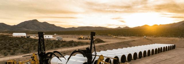 Hyperloop passa sua primeira prova de propulsão aberta.