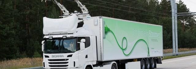 A Suécia utiliza a tecnologia do século XIX para impulsar caminhões elétricos