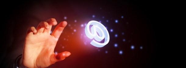 Você pode ganhar um i-Pad, se gabar de ser modesto e outras formas de duplicidade digital