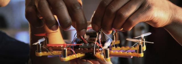 O melhor drone para crianças se constrói com peças de Lego