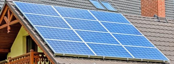 Instalar painéis solares está cada vez mais barato